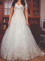 Продам Свадебное платье А силуэт