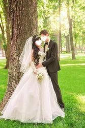 Продам  шикарное свадебное платье из жемчуга