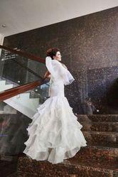 Продам свадебное платье рыбка!Фата в подарок!