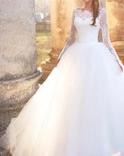 Красивое,  модное свадебное платье