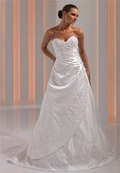 Продам свадебное платье Оксаны Мухи,  38 евр. размер,  300 у.е.
