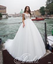 Свадебное платье,  нежное и красивое