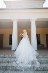 Продам свадебное платье delia