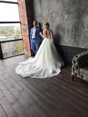 Продам свадебное платье со шлейфом,  салон Кокос,  Rozy 2019